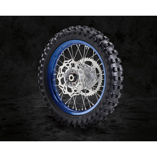 Enduro-specific wheels and tyres