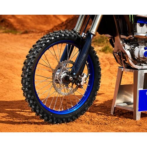 Large-piston brake caliper